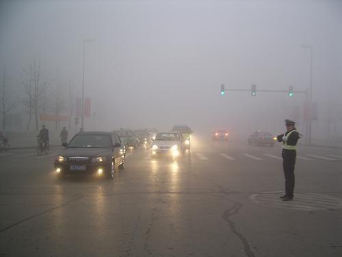 """汽车上""""危险报警闪光灯"""",你知道怎么使吗?"""