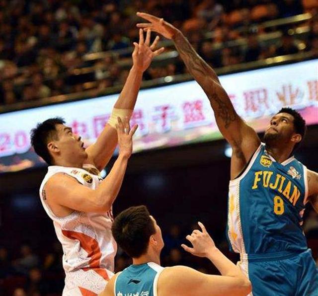 中国男篮扩军征召,为何说山东男篮这俩人理应入选?