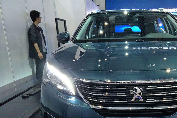 玩转航空驾驶舱 2017上海车展探访法系SUV标致5008