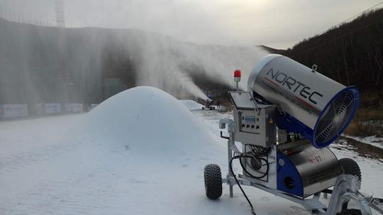 韩国真没钱了:平昌冬奥会预算28万亿,人工造雪60万