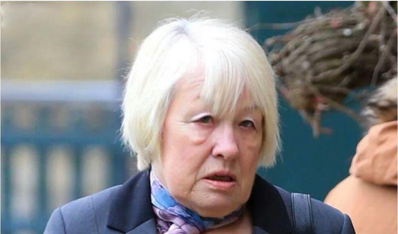 欧美性吧老妇野外干_64岁老妇与大型犬发生性关系三年之久,终被警方逮捕