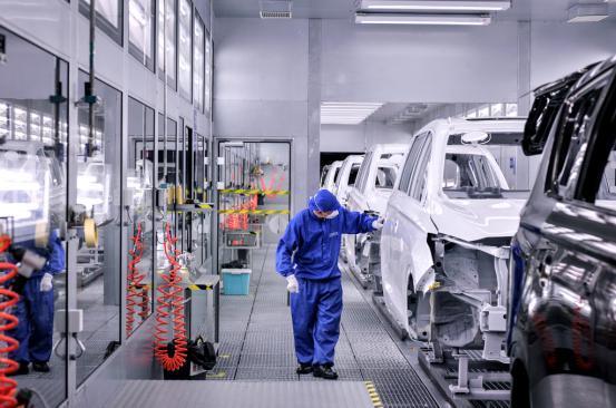 制造+智造:长安凌轩双轮驱动主攻市场