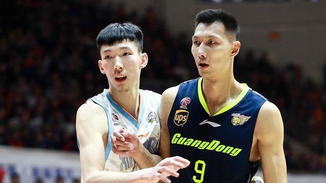 周琦忙着去讨好火箭 王哲林大杀四方NBA前景谁更好