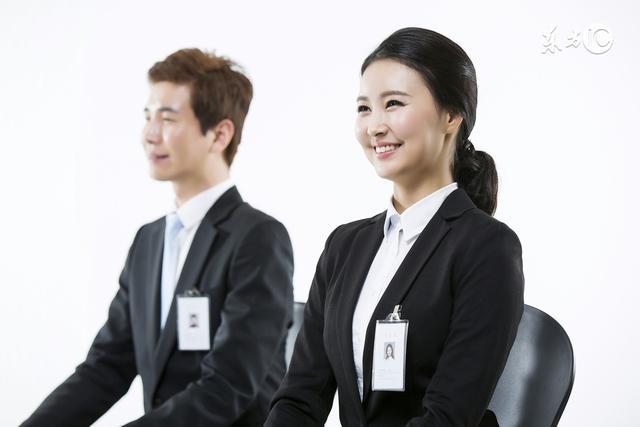 2017湖南公务员面试女生这样穿,直接扣10分!