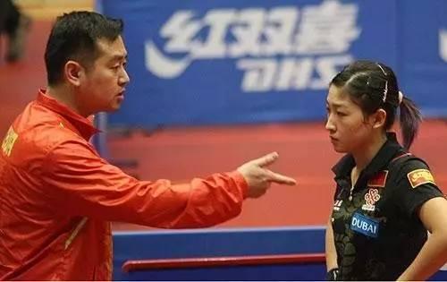 """""""真诚直率,朴实简单"""",他成为最受争议的女乒教练"""
