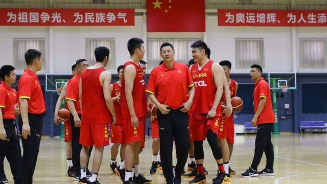中国男篮集结 红蓝两队44将出生地调查 辽宁贡献最大