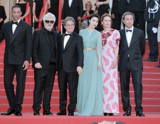 #戛纳电影节#范冰冰7年戛纳红毯经典大片回忆录