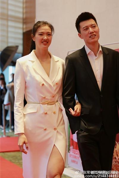 中国体坛最美兄妹,双双进国家队,妹妹已成奥运冠军