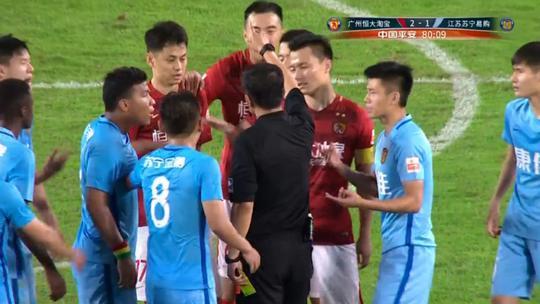 李学鹏被红牌罚下!他和R马三次斗法,一次比一次狠