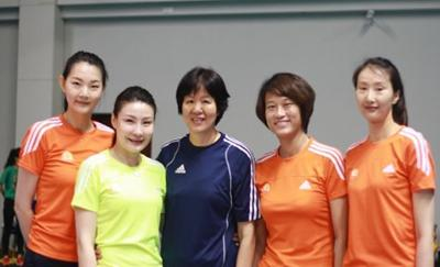 女排天才18岁夺奥运亚军,谏言主帅遭雪藏,24岁退役