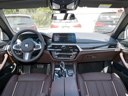 近期关注度最高车型之一,全新宝马5系当前信息汇总