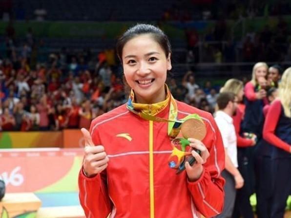十冠王最美队长,赛刘涛最美大使,完爆日本第一美女