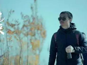 他是爱逛跳蚤市场的明星,在戛纳代表中国明星放异彩