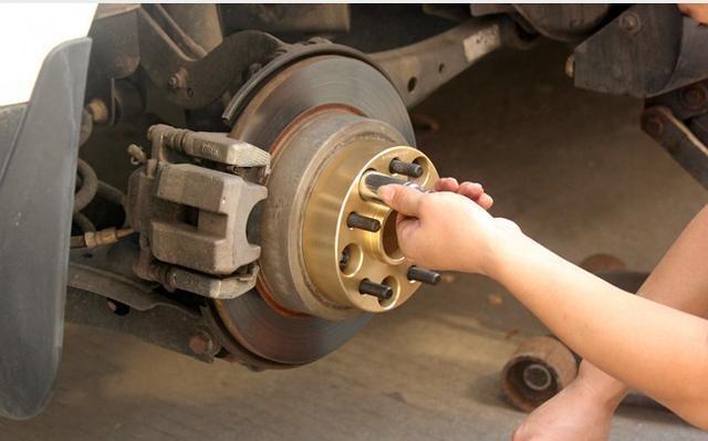 以为改装了悬架操控就会变好?别傻了,分分钟把自己的车子搞废!