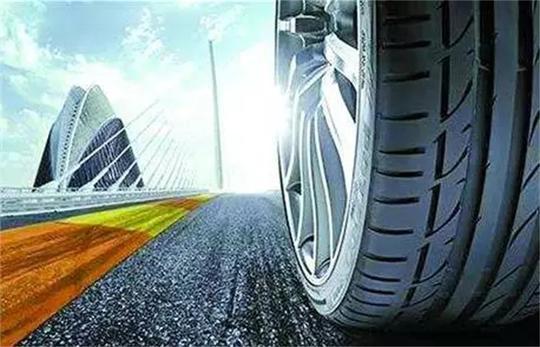 夏季温度这么高,车爆胎的几率增加了多少!