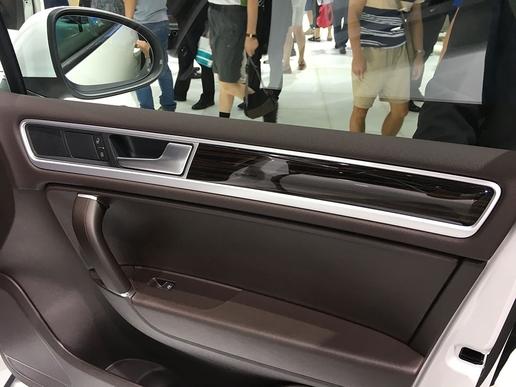 专为中国定制 途锐15周年特别版车型亮相