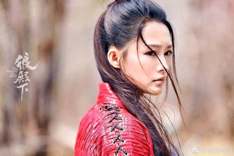 Hút hồn nhan sắc dàn mỹ nhân Hoa Ngữ khuấy đảo màn ảnh mùa hè này