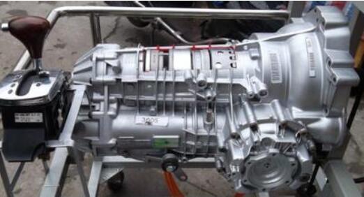 为什么汽车低配车型都用手动档变速器?