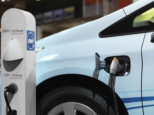 充电方法怎么跟加油一样? 新电池技术来解答