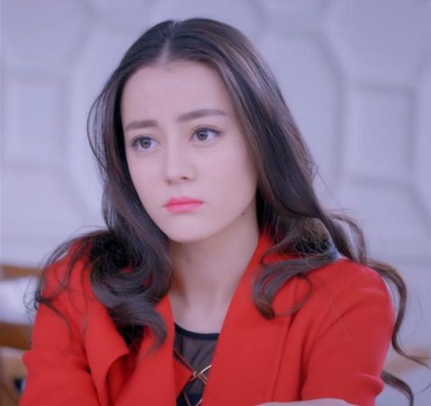 迪丽热巴在韩国综艺节目,被称青年人最想要的