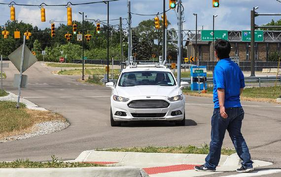 福特启动无人驾驶汽车仿造城市环境测试