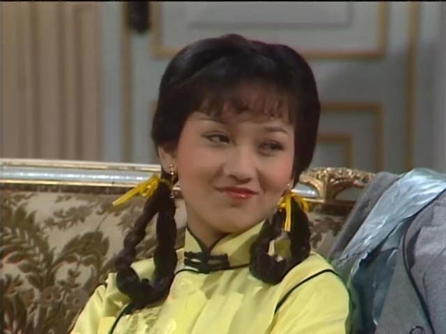关之琳大波浪短发妩媚,80年代发型哪款最经典?图片