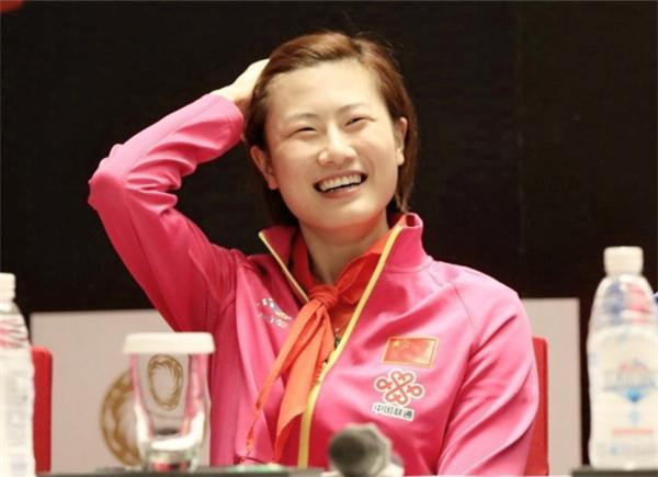 日本模仿丁宁还显摆 惹怒朱雨玲把球打烂4-0虐她!