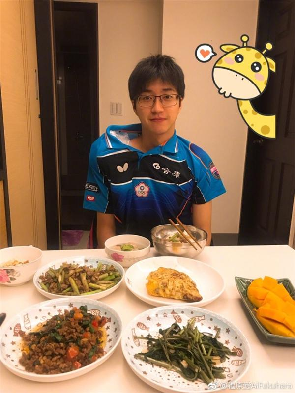 日本媳妇挺好!中国老公卖力受伤 福原爱为他补身体