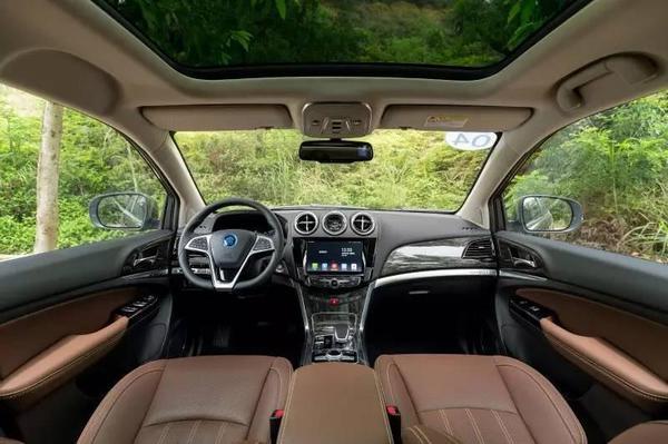 比亚迪新车纯电续航达100公里,中控堪比特斯拉!