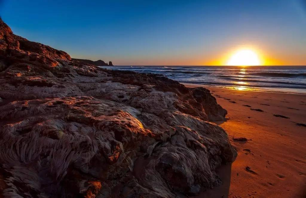 自驾澳大利亚维州、新州、蓝色海岸线大洋路穿越之旅
