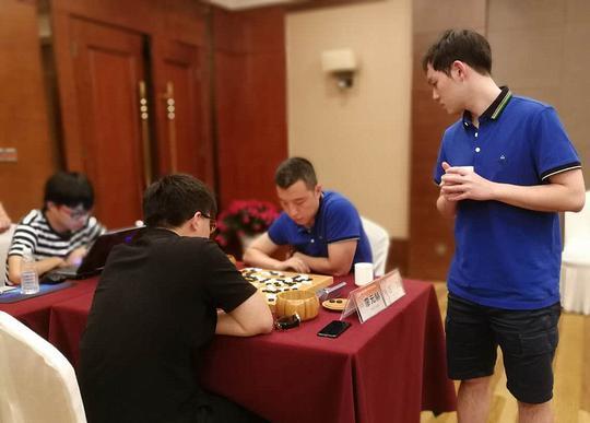 蒋涛拍围甲:重庆赢得成渝大战 众将半程战绩盘点