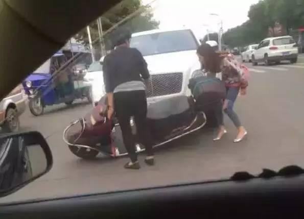 降低50%事故率!女司机买车必选配置都在这里了!