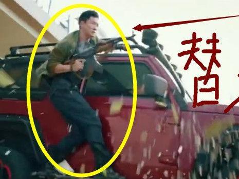 《战狼2》吴京、卢靖姗替身曝光,颜值不输本尊!