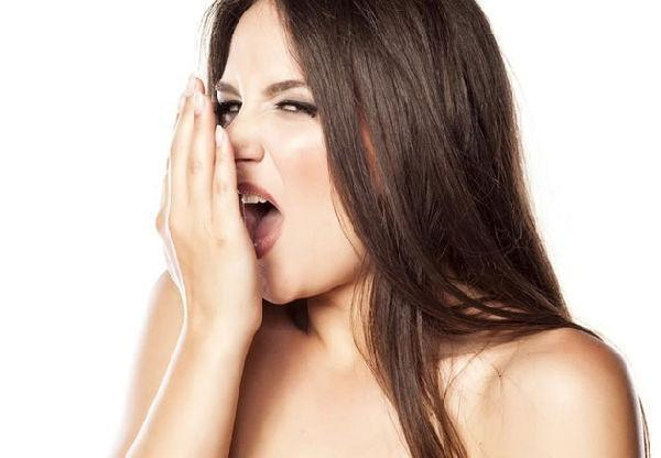 嘴里出现这些味道要警惕, 它们都是疾病发出的信号!