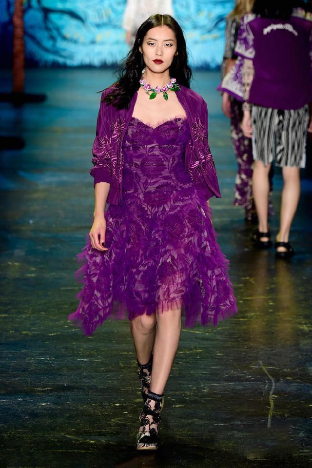 范冰冰和秋瓷炫同样穿紫色,气质完全不在一个层次上