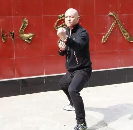 王战军直言太极拳既能打又能养生,网友:你打过架吗