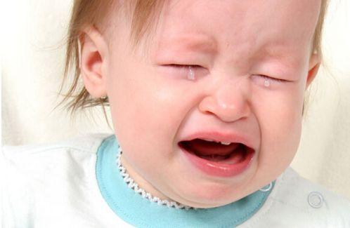 为什么我在家的时候,宝宝就爱哭?