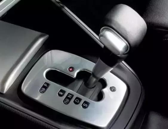自动挡越开越省油,手动模式等于手动挡?