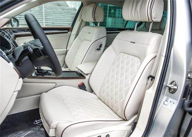 换标的奥迪A6L,NAPPA座椅,3.0T V6发动机 !