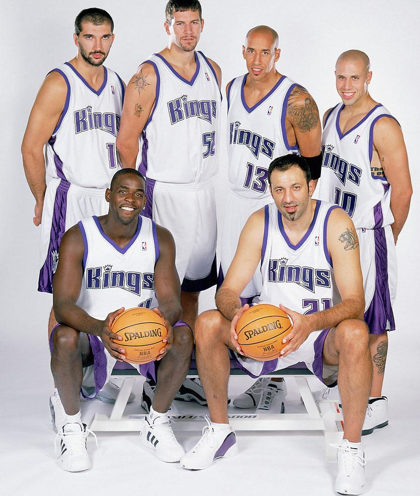 NBA2001-02赛季:湖人大战国王 乔丹二度复出