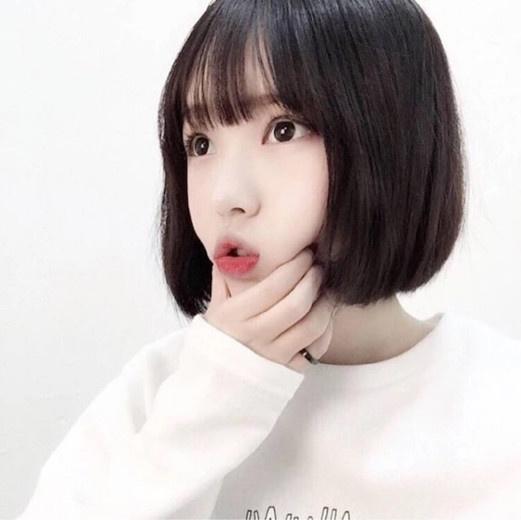 女生圆脸短发发型图片 圆脸配短发这么好看图片