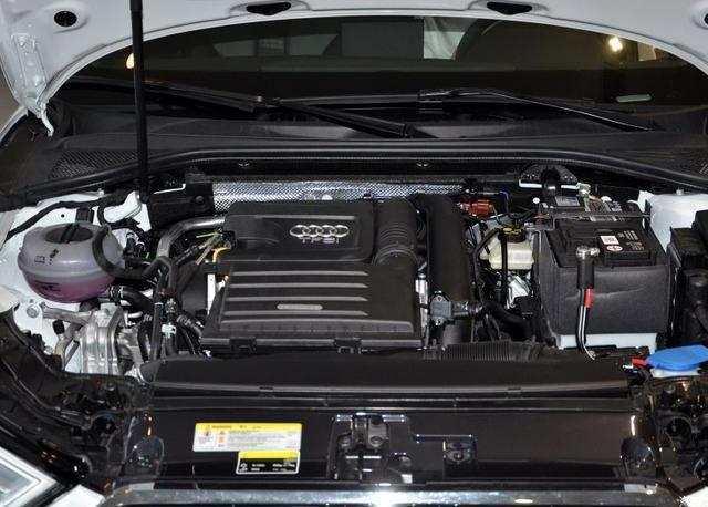 天窗动力带T,油耗低至5.4,这车卖18W,叫好不叫座