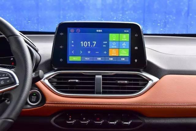 宝骏510自动挡新车上市 售价6.88万-7.58万元