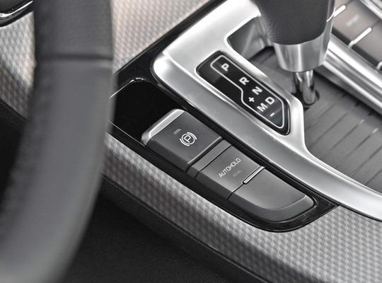 国产SUV不必只看哈弗H6,这两款颜值高,老少皆宜