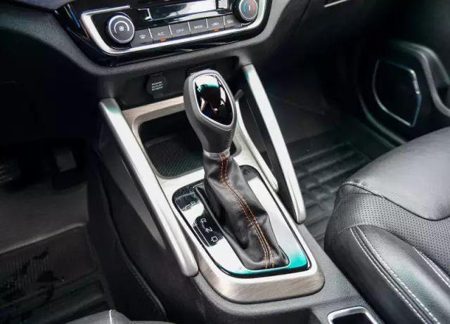 月入3K买SUV,要自动挡还得配置高,选谁?