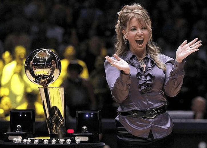 """NBA最穷的五位球队老板! 马刺队的老板最为""""寒酸"""""""