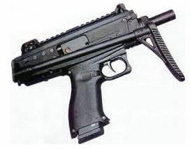 """为什么说以色列乌兹冲锋枪是""""土匪专用枪""""?"""