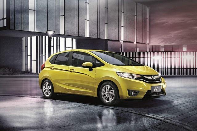 最适合新手司机的4款车,便宜又安全!