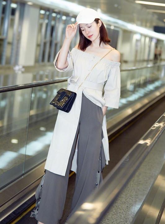 江一燕穿着黑色长裙显气质,越来越美了!