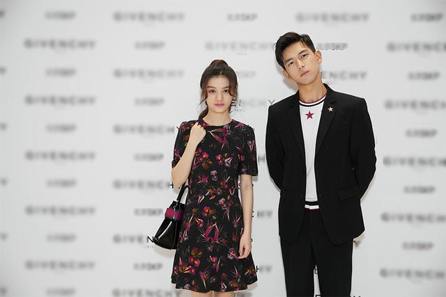 今日,90后金像奖影后春夏,新晋人气演员李现受邀一同出席某国际奢侈